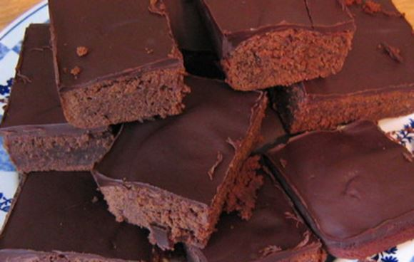 Do chocolate brownies get you salivating? Image: Zantastik / WikiMedia Commons